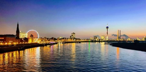 While Sightruninng, you will see the Skyline of Düsseldorf